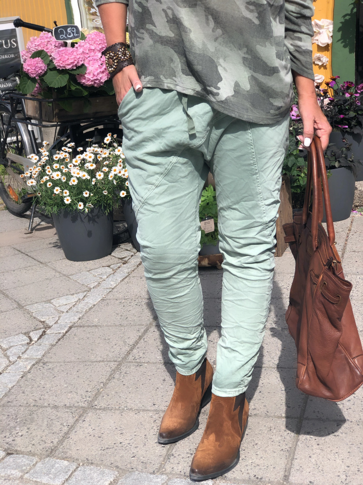 Melly Baggy Jeans MotherBoah Web Shop